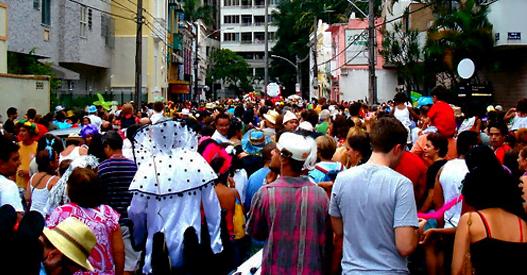 Blocos de carnaval em Copacabana Rio: veja a programação desta terça-feira 05/03/2019. 1